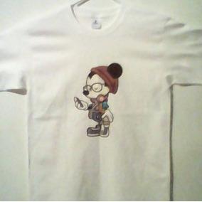 Playera Hipster Mickey Con Cafe Y Celular Disney Mouse