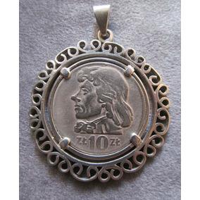 61d699482ce3 Antiguo Engarce En Plata Con Moneda Polaca