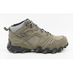 Sapato Alto Vermelho Pronta Entrega Masculino Oakley Botas - Botas ... 8477b1c6bc3