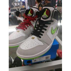 Tenis Nike Air Jordán 1 Retro 93 Eléctric Green