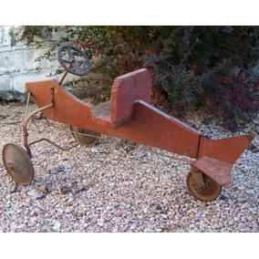 Antiguo Avión Juguete A Pedal - Arte Folklórico - Único