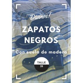 Zapatos De Cuero Negro Con Suela De Madera Y Tachas