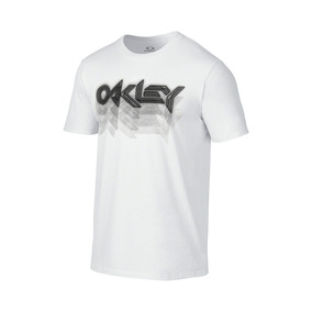 Remera Oakley Fader Tee 2.0