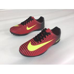 Chuteira Nike Mercurial Preto E Amarelo Nova Na Caixa N°38 ... ab2fb6c8b3f38