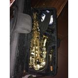 Saxofón Alto Omega