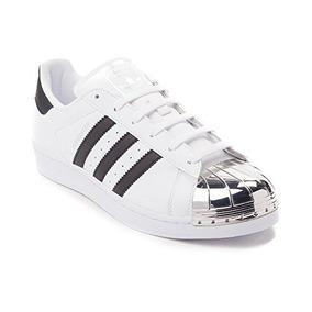 separation shoes b7f11 356a8 Zapatillas De Deporte Superstar W Fashion Sneaker De adidas.