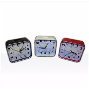 bdf05d5b807b Reloj Despertador Clasico A Pila!