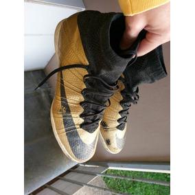 Chuteira Botinha Nike Tamanho 36 - Chuteiras Nike de Futsal para ... c59a030eaaffe