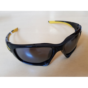 c565cbbf067a8 Oakley Ducati Monster Dog Limited - Óculos De Sol Oakley Juliet no ...