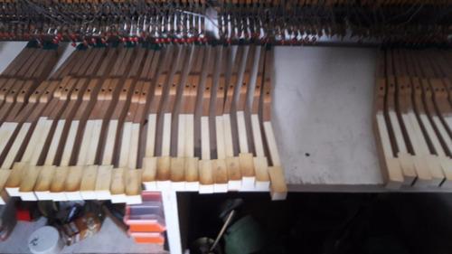 afinador de pianos, reparacion/restauración, traslados.