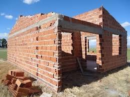 albañil, constructor, 35 años de experiencia