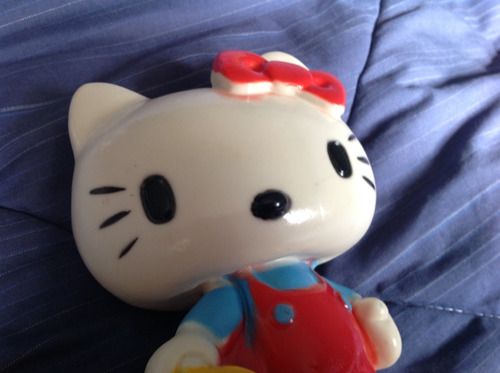 alcancia antigua de hello kitty