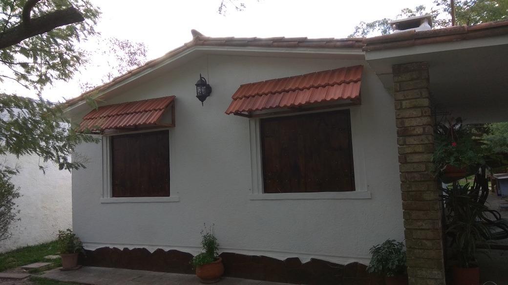 Aleros techos protecci n de ventanas tejas for Ventanas para techos planos argentina