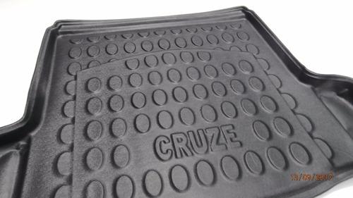 alfombra 3d valija chevrolet cruze