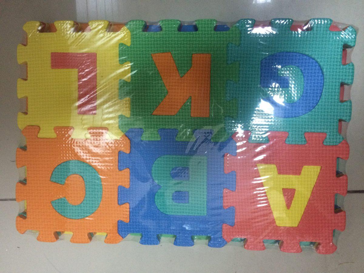 f4ebdd4b56a alfombra goma eva letras y números. Cargando zoom.