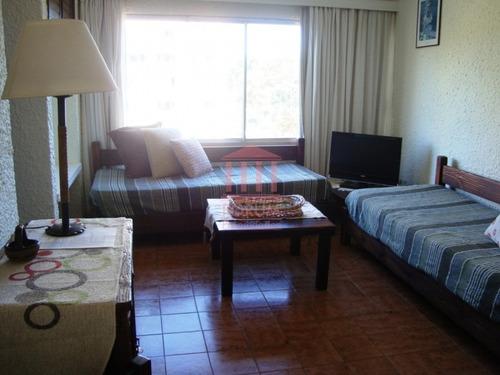 alquila apartamento un dormitorio , un baño - ref: 1311