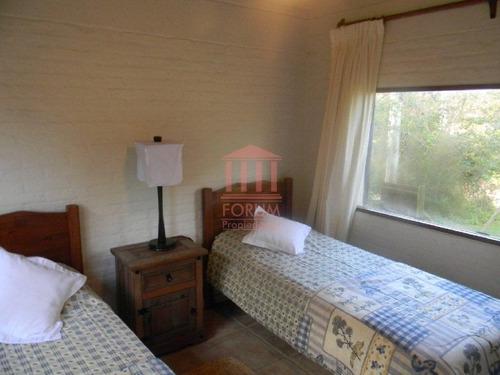 alquila chalet tres dormitorios , dos baños - ref: 722