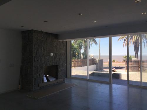 alquilamos casa carrasco sur sobre la rambla 3 domitorios, excelente vista. montevideo uruguay