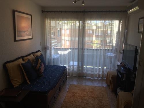 alquiler apartamento en arcobaleno - edificio milos