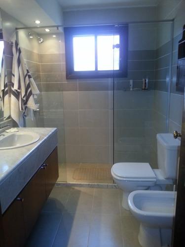 alquiler casa 4 dormitorios y servicio piscina parrillero aa