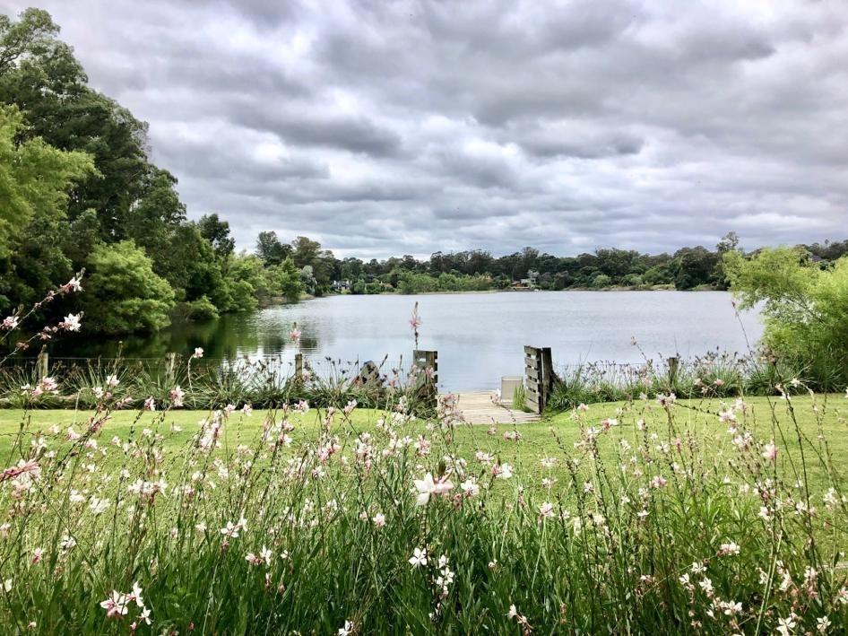 alquiler casa barrio privado lagos 5 dorm y servicio
