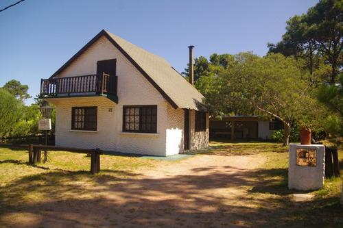 alquiler casa, cabaña, balneario la esmeralda rocha