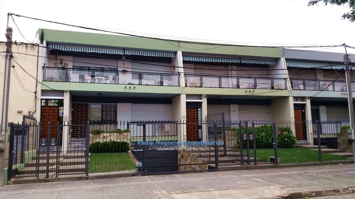 alquiler casa de 2 dormitorios en mavlín con garage 2