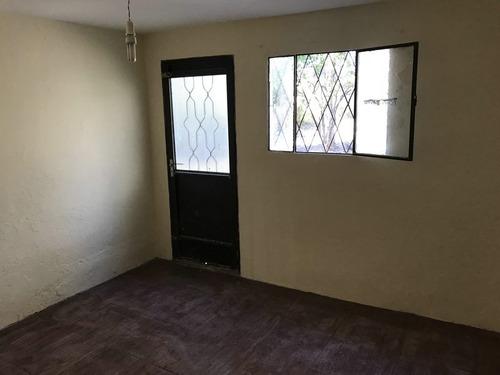 alquiler casa de 2 dormitorios, escuchas, piedras blancas
