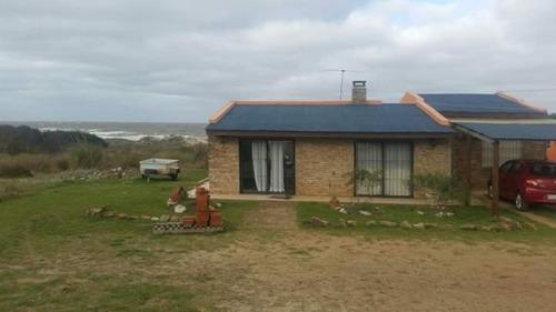 alquiler casa en piriapolis sobre la playa por fin de semana