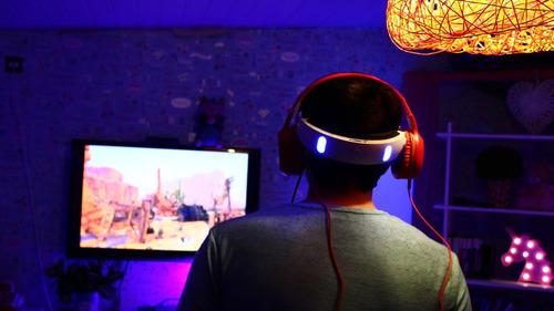 alquiler de equipos de realidad virtual