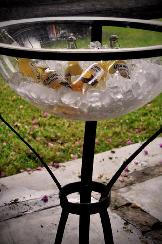 alquiler de sillas mesas puffs livings mesas de bar barras