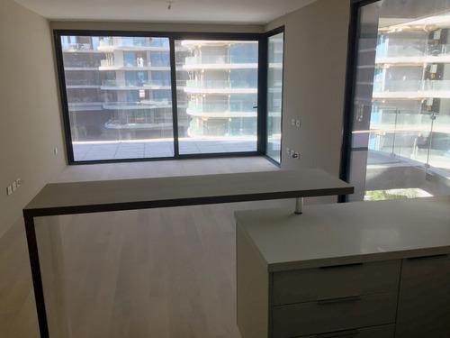 alquiler forum 1dormitorio suite,toilette,garaje box