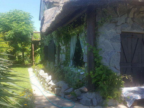 alquiler - gran casa en balneario punta piedras (maldonado)