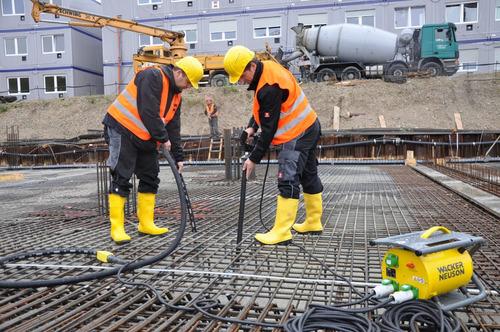 alquiler pison plancha generador excavadora vibrador bombas