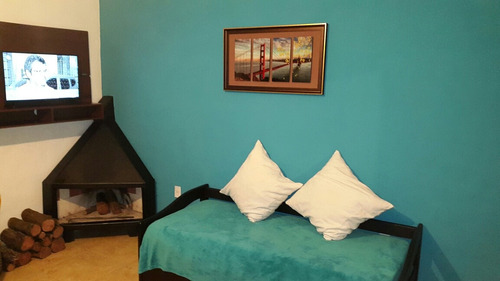 alquiler playa grande.  casa con estufa a leña.1200 pesos.