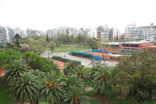 alquiler temporal  en punta carretas, vista al parque
