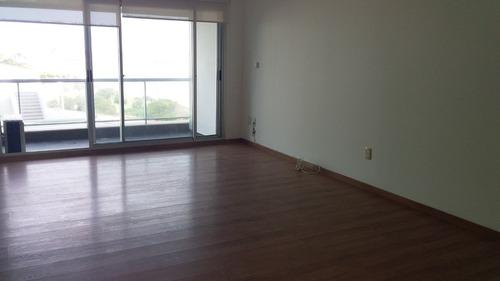 alquilo  apartamento al frente en rambla malvin