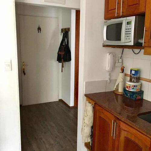 alquilo apartamento de 2 dormitorios en punta de este