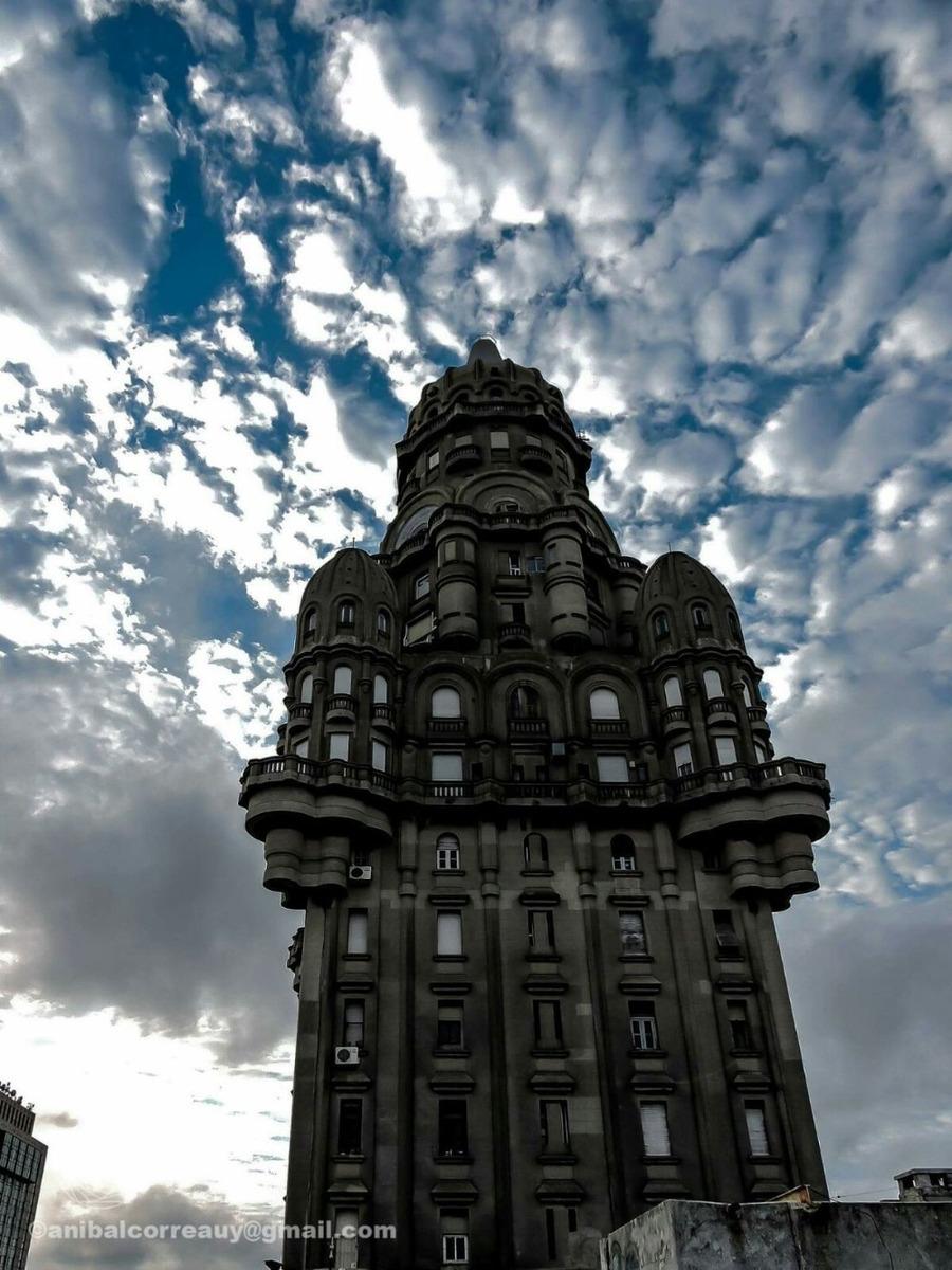 alquilo apto en el majestuoso y simbólico palacio salvo