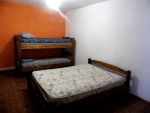 alquilo casa 3 dormitorios  disponible del 15 al 31 de enero