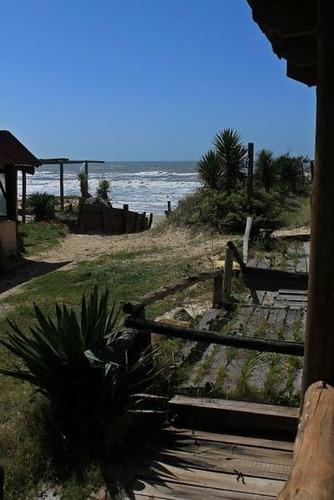 alquilo casa  aguas dulces a pasos la playa