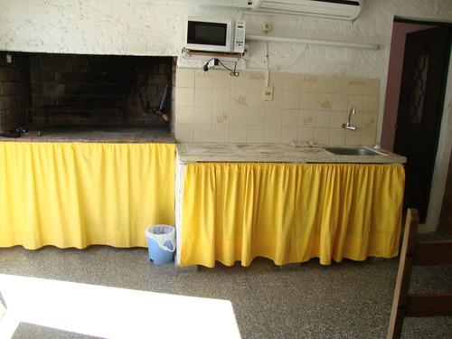 alquilo casa con piscina villa argentina a 2 cuadras d playa