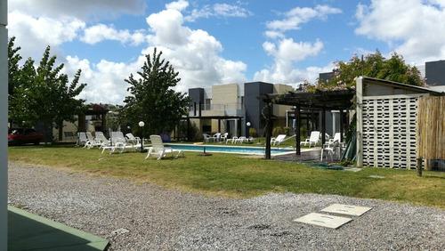 alquilo casa en ´piriapolis con piscina y cochera cerrada