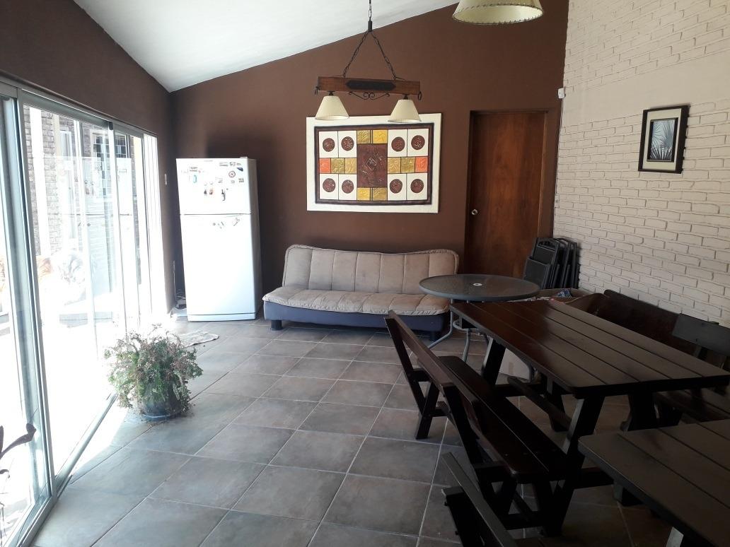 alquilo enero o febrero casa en solymar sobre rambla y marqu