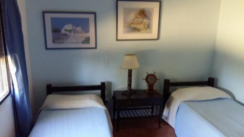 alquilo hermosa casa en atlantida completa 3 dormitorios