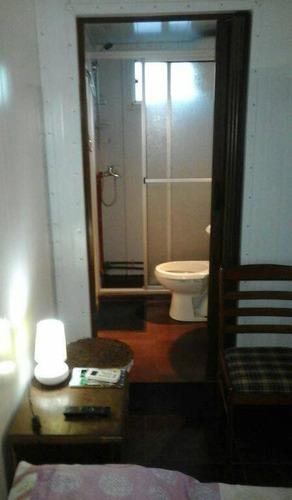 alquilo pieza con baño completo para 2,3 o 4 personas