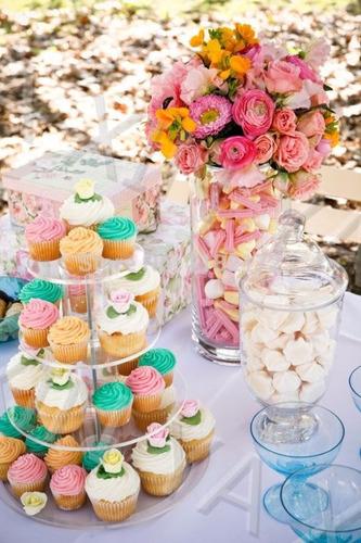 alquilo soporte para cupcakes y mini tortas. maldonado
