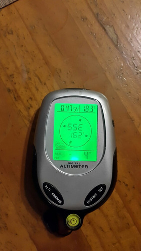 altimetro compas barometro thermometro reloj