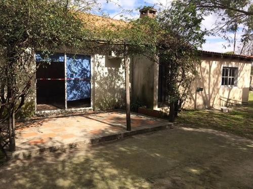 amplia, 4 dormitorios, con gran terreno, piscina, si banco!!