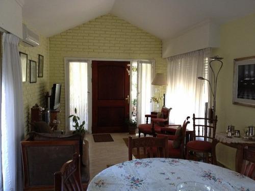 amplia residencia cercana al mar - id 10528